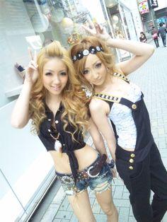 •○~ Gyaru fashion, ギャル♥ outfit - coordinates - denim shorts - overalls - jumper - headband - curly hair - makeup - friends - cute - kawaii - Japanese street fashion✮ ~•○