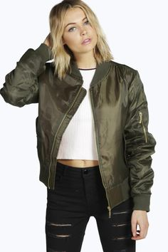 Shop Boohoo's collection of women's coats & jackets. From biker jackets, trench coats, blazers and macs, we've got the perfect coat whatever the weather. Coats For Women, Jackets For Women, Plastic Raincoat, Padded Jacket, Boohoo, Military Jacket, Blazer, My Style, Clothes
