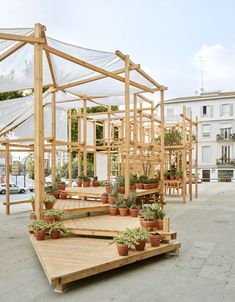 The installation transition, [succulent garden installation] designed to equip the IVAM (Valencian Institute of Modern Art) esplanade during 4 months of Urban Furniture, Street Furniture, Timber Architecture, Architecture Design, Outdoor Restaurant Patio, Indoor Farming, Timber Structure, Garden Arches, Public Seating