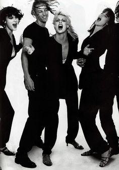 1995 us vogue steven meisel shalom harlow linda evangelista Steven Meisel, Party Fashion, 90s Fashion, Trendy Fashion, Runway Fashion, Fall Fashion, Fashion Ideas, Kirsty Hume, Shalom Harlow