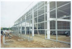Estructura de acero de 1 nivel con un área de #construcción de 450m2.  #arquitectura
