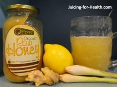 Thehealth benefits of drinking warm lemon water with more healthful ingredients. Thehealth benefits of drinking warm lemon water with more healthful ingredients. Healthy Juice Recipes, Healthy Smoothies, Healthy Drinks, Healthy Eats, Healthy Foods, Healthy Life, Detox Juice Cleanse, Detox Tea, Juice Smoothie