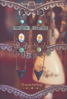 Boucles d'oreilles, Bohême Chic, gypsy, rétro, patine bleu, cabochon fleur, finition bronze