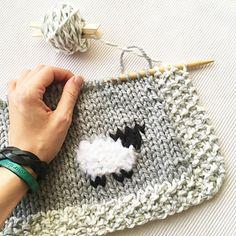 Ravelry Oh My Sheep A Baby Blanket Pattern By Athena * ravelry oh mein schaf ein baby-deckenmuster durch athene * * ravelry oh my sheep un modèle de couverture de bébé par athena * ravelry oh my sheep un patrón de manta de bebé por athena Baby Knitting Patterns, Baby Patterns, Free Knitting, Embroidery Patterns, Crochet Patterns, Blanket Patterns, Knitting Stitches, Free Sewing, Knitted Baby Blankets