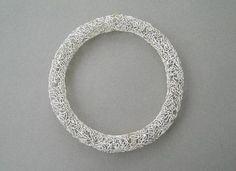 Alexandra Serpa Pimentel / Colar / Prata e ouro / Diâmetro 180mm / 2000