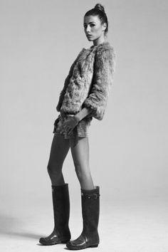 Ph: Gennaro Cimmino Make up: Floriana Rossi Stylist: Clara Morra Model: Adele Izzo #Zara