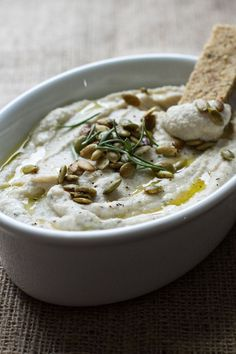 Lemon herb cauliflower bean dip