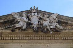 detalle de la fachada de la iglesia de san juan bautista en Chiclana de la Frontera Greek, Lion Sculpture, Statue, Art, John The Baptist, Art Background, Greek Language, Kunst, Performing Arts