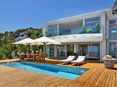 3 Bedroom House For Sale in Bantry Bay | Luxury Homes Of The World