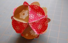 HOW TO MAKE A PAPER BALL ORNAMENT