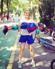 Este distractiv sa faci sport! 😆 ➡️ Cursuri de bicicleta, role, skate ➡️ www.ECHILIBER.ro . . . . . #echiliber #sport #inaerliber #echilibru #distractie #bicicleta #role #skateboard #pedalat #cursuridebicicleta #scoaladebiciclete #scoaladepedalat #scoala #cursuri #cursuriderole #cursurideskateboard #copii #invataexerseazaprogreseaza #antrenament #bucuresti Skateboard, Running, Sports, Style, Fashion, Skateboarding, Racing, Fashion Styles, Keep Running