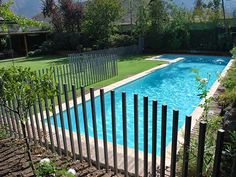 Directions on How to Build a Fence - Helpful Tips on Building a Fence - Fencing Ideas - Jacuzzi, Pool Fence, Pool Decks, Pool Decking Concrete, Outdoor Fun, Outdoor Decor, Building A Fence, Plunge Pool, Fence Gate
