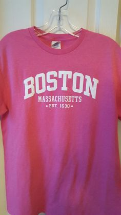 Pink cotton Boston tee I purchased for $10 in a tourist store at Quincy Market. Wore it a couple of days. Quincy Market, Boston Massachusetts, St Pattys, Packing Light, Capsule Wardrobe, Blue Denim, Maine, Couple, Sweatshirts