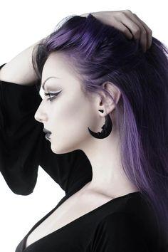 Goth Hair, Grunge Hair, Underdye Hair, Hair Dye, Moon Earrings, Skull Necklace, Black Earrings, Choker Necklaces, Diy Choker
