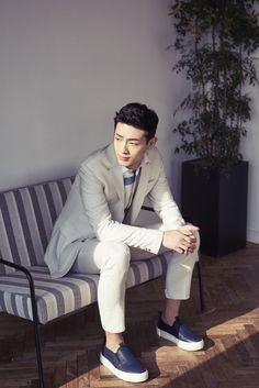 Ji Soo Hot Korean Guys, Hot Guys, Asian Guys, Asian Actors, Korean Actors, Korean Dramas, Ji Soo Wallpaper, Wallpaper Lockscreen, Wallpaper Backgrounds