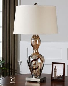 Traslucido Amber Glass Lamp