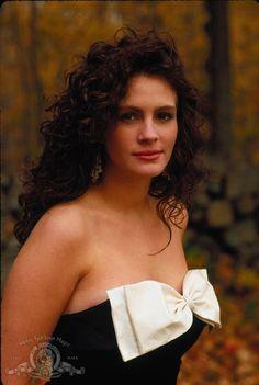 Still want this dress.  It was 1988 but a classic!   Still of Julia Roberts in Mystic Pizza (1988)