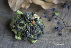 Купить Брошь Шёпот Листьев - оливковый, зеленый, брошь, брошь ручной работы, брошь цветок