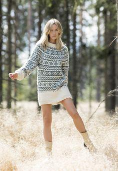 CP 16-07 Moonstone sweater lang | Camilla Pihl Strikk Camilla, Knitting, Sweaters, Dresses, Diy, Fashion, Vestidos, Moda, Tricot
