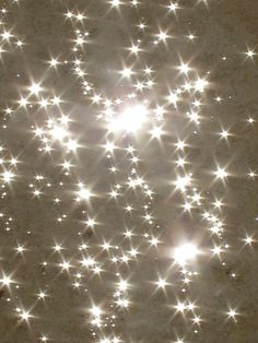Stars of the ocean and the sparkle of the Dead Sea. Light Luz, Art Afro, No Photoshop, Sparkles Glitter, Glitter Stars, Stars And Moon, Wall Collage, Bokeh, Twinkle Twinkle