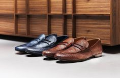 Men's perforated leather shoes: lace-up and moccasins Lace Up Shoes, Men's Shoes, Dress Shoes, Leather And Lace, Leather Shoes, Derby, Oxford Shoes, Summer, Blog