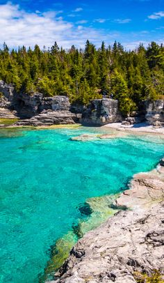 Bruce peninsula national park: grottos, shipwrecks & goats on roadtrippers Congaree National Park, Sequoia National Park, National Parks Usa, Banff National Park, Canada Travel, Travel Usa, Bruce Peninsula, Lac Huron, Ontario Travel