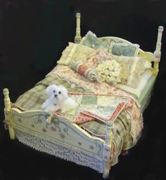 Bed, quilts #miniature