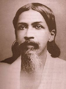 Sri Aurobindo (15 August 1872– 5 December 1950), born Aurobindo Ghosh or Ghose (Bengali: Ôrobindo Ghosh), was an Indian nationalist, freedom fighter, philosopher, yogi, guru, and poet.He joined the Indian movement for freedom from British rule and for a duration became one of its most important leaders, before developing his own vision of human progress and spiritual evolution. He was also one of the famous Radical leaders of India during the Indian National Movement.