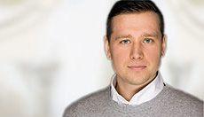 Dr. med. dent. Ulli Voß ist Zahnarzt bei CASA DENTALIS am Roseneck. #zahnarztberlin http://www.casa-dentalis.de/