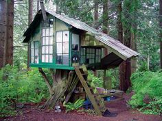 Salvaged windows, old roofing, some reclaimed flooring and you've got yourself a little tree house. What do you think? http://theownerbuildernetwork.co/quiet-spaces/tree-houses/