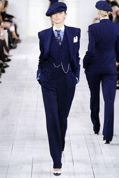 d4a780e8d48ca1db6cfe3d4805f0c46a--women-in-suits-ladies-suits.jpg (736×1102)
