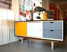 Kewlox design Bart aertsen - Possible à réaliser avec pieds de meuble chiné + kewlox bicolore