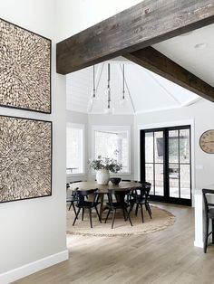 @ourpnw_home's home design ideas are mesmerizing us! We are delighted to see these decorations.😍 #amazonhome #modernfarmhouse #farmhousehome #simplysettled #beautifulhomesofinsta #mysmphome #designsponge #nesttoimpress #howihaven #dailydecordose #howwedwell #lonnyliving #mysmphome #mydomaine #theeverygirlathome #showmeyourstyled #prettylittleinteriors #finditstyleit #idcoathome #shiplap #ltkunder100 #lovemypotterybarn #californiacasual #luxathome #myoklstyle Modern Rustic, Modern Farmhouse, Slider Door, Farmhouse Homes, Wood Wall Decor, Teak Wood, Unique Colors, Beautiful Homes, Family Room