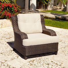 Source Outdoor Tahiti All-Weather Wicker Lounge Chair - SO-203-01