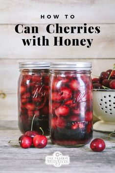 Canning cherries is a simple process and even better when you can use honey instead of white sugar! This step-by-step tutorial will show you how. Canning Tips, Home Canning, Canning Recipes, Canning Pressure Cooker, Pressure Cooker Chicken, Canned Cherries, Sweet Cherries, Bing Cherries, Canning Hot Peppers