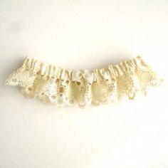 Ivory vintage lace garter