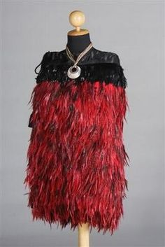 Information on how our Korowai Cloaks are made, including photos of the feathers and sample cloaks. Made in New Zealand by members of Maori Iwi. Polynesian People, Polynesian Culture, Feather Cape, Red Feather, Maori Patterns, Flax Weaving, Long White Cloud, Maori Designs, New Zealand Art