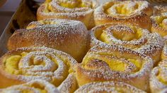Krumplis csiga -- gasztroangyal.hu Hungarian Recipes, Croissant, Apple Pie, Bakery, Muffin, Food And Drink, Cooking Recipes, Bread, Desserts