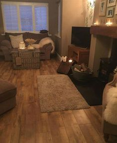 Gonna get animals fed then that's me Cottage Lounge, Cottage Living Rooms, New Living Room, Living Room Modern, Home And Living, Living Room Designs, Cosy Living Room Small, Indie Living Room, Cottage Shabby Chic