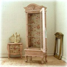 Dollhouse Miniature Pink Distressed Wooden Display Cabinet Furniture Shabby Chic 12th Scale.
