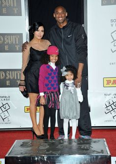 Vanessa, Kobe and daughters