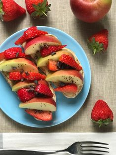 Caprese Salad, Strawberry, Fruit, Food, Essen, Strawberry Fruit, Meals, Strawberries, Yemek