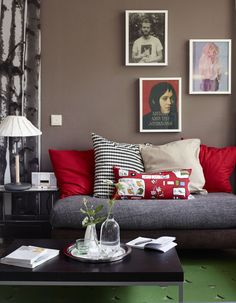 Textile warmth in the living room / live from IKEA FAMILY