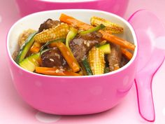 Provided you are not vegetarian, it is important to include red meat in your child's diet, as red meat provides the richest source of iron, and iron deficiency is the most common nutritional deficiency in children in the UK. This Sesame beef stir fry is an easy Chinese recipe that will introduce new flavours to your child. I usually make it using tail fillet cut into thin strips, which is cheaper but has excatly the same taste and soft texture as proper steak fillet.