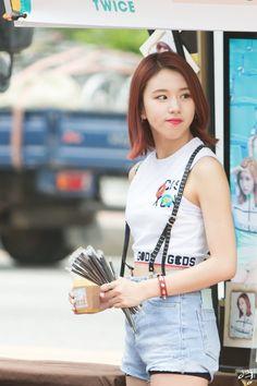 TWICE - Chaeyoung Chaeyoung Twice, Crushes, Korea, Kpop, Blouse, Long Sleeve, Music, Sleeves, Fashion