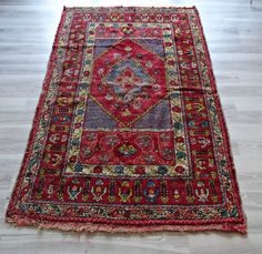 Handwoven Wool Red RUG, Turkish KILIM, Vintage Rectangle 3.5x5.5 Feet Rugs