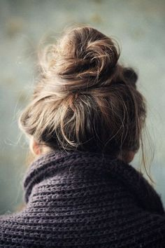A loose top knot is an easy way to never have a bad hair day again! My Hairstyle, Messy Hairstyles, Pretty Hairstyles, Good Hair Day, Hair Dos, Gorgeous Hair, Her Hair, Hair Inspiration, Hair Inspo