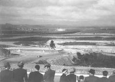 """""""Não é hoje que Interlagos faz aniversário?"""".  Sim, é hoje. O circuito foi inaugurado em 12 de maio de 1940 (foto abaixo), com uma corrida vencida por Arthur Nascimento Júnior."""