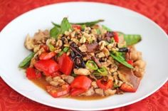 Stir-Fry Spicy Kung Pao Chicken with WalnutsStir-Fry Spicy Kung Pao Chicken with Fresh Vegetables and Walnuts
