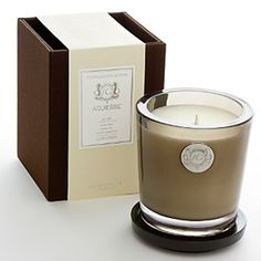 Aquiesse Luxe Linen Large Soy Candle - Made with organic soybean oil and carefully selected lead-free wicks.